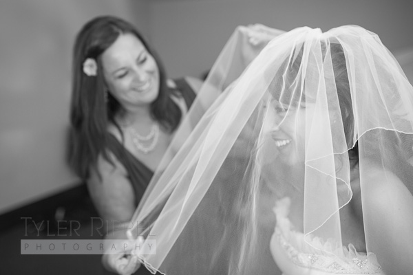 Bridal prep getting ready photos - New Philadelphia, Dover OH Wedding Photography (9 of 31)