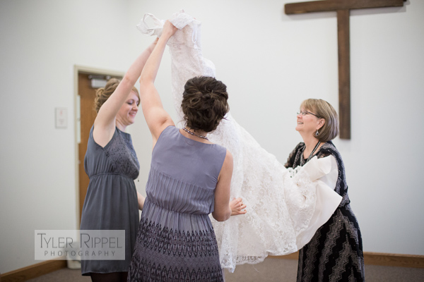 Sugarcreek Wedding - Dover New Philadelphia OH Wedding Photographer Tyler Rippel-6
