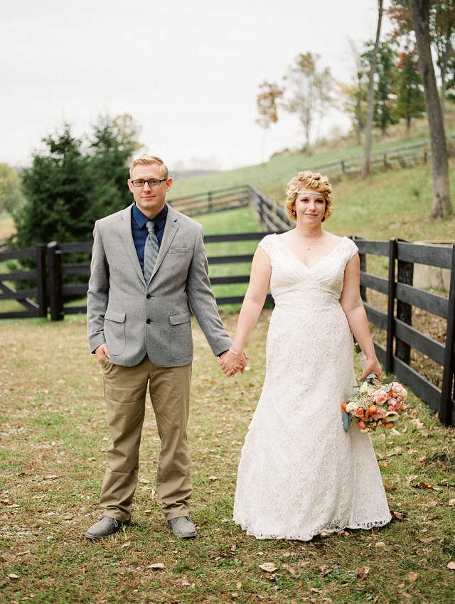 Rivercrest Farms Wedding Photos - Dover Ohio Wedding Photographer_0102