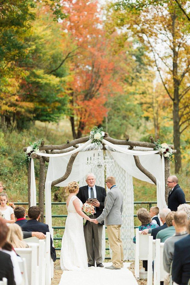 Rivercrest Farms Wedding Photos - Dover Ohio Wedding Photographer_0138